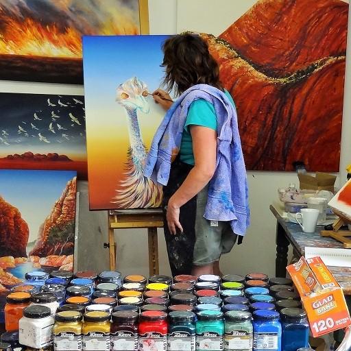 cropped-Linda-MacAulay-in-the-Studio.jpg